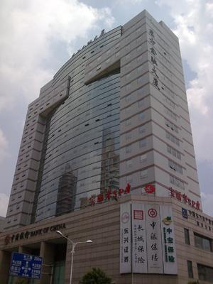 东方金融大厦电梯广告