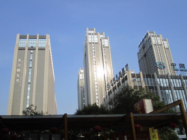 南京长江路九号电梯广告