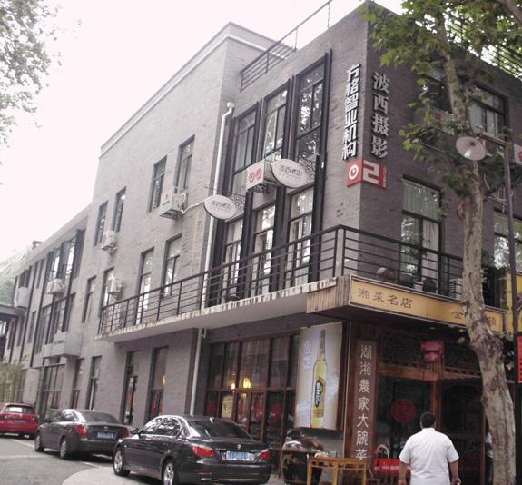 南京创意东八区电梯广告