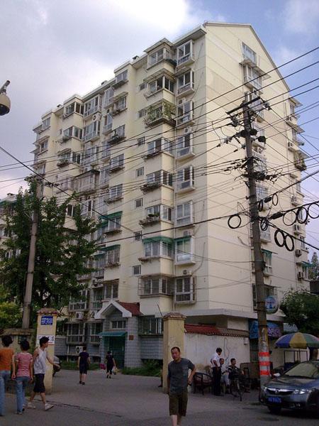 南京地矿所公寓电梯广告