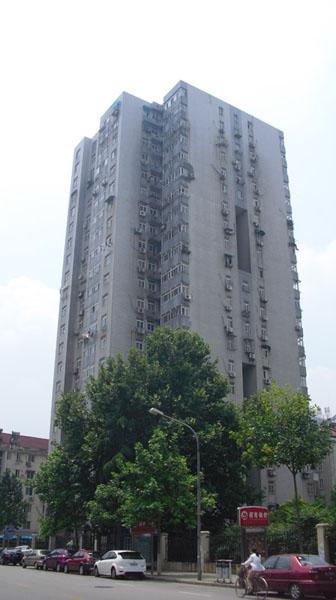 南京工大教师公寓新6栋电梯广告